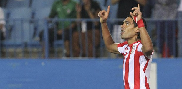 Falcao pointing up