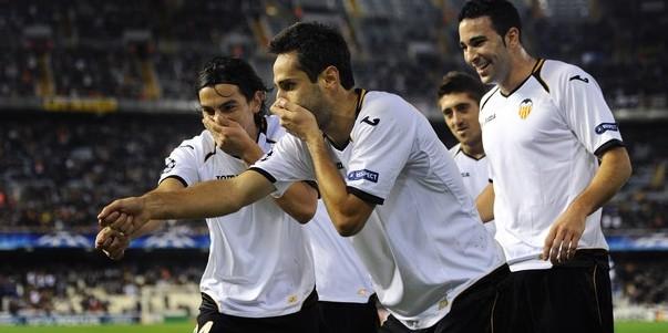 Valencia CF v KRC Genk - UEFA Champions League