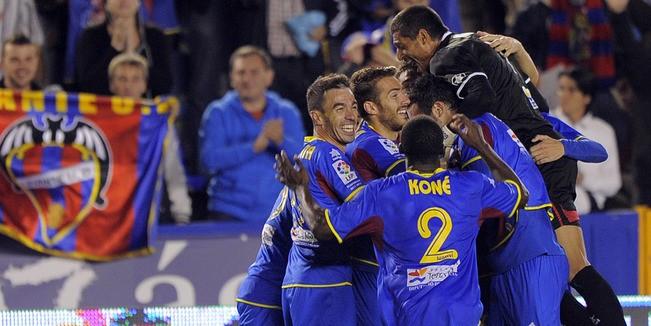 Levante-winning-goal-celeb_2670610
