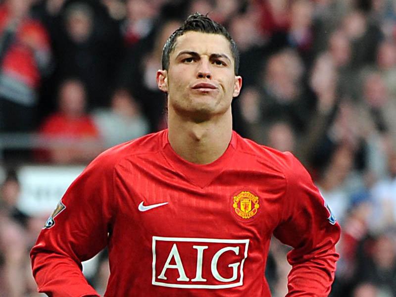 Cristiano-Ronaldo-Short-Hairstyles-Picture