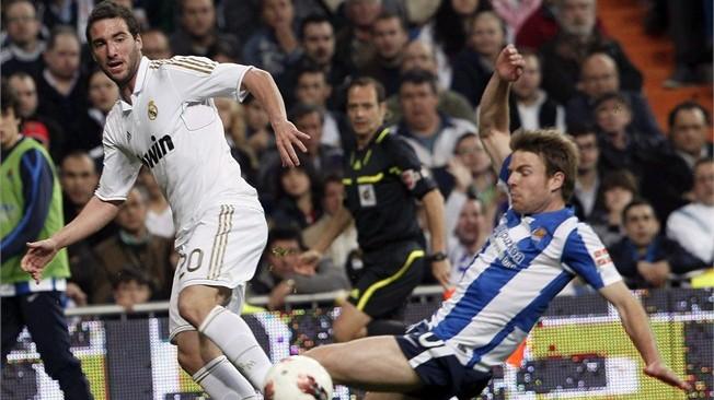 Higuain-goal-Real-Sociedad