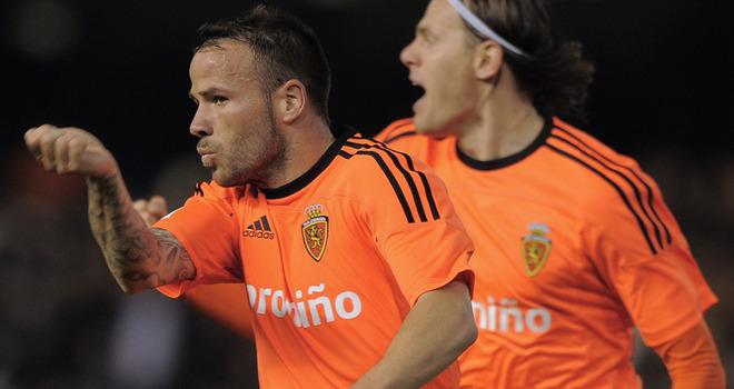 Valencia-v-Real-Zaragoza-Apono-celebrates
